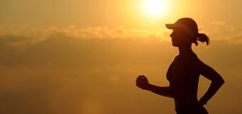 Mit dem Fitnessarmband gut unterhalten und fit durch Beruf und Freizeit